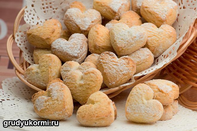 Печенье в виде сердечка